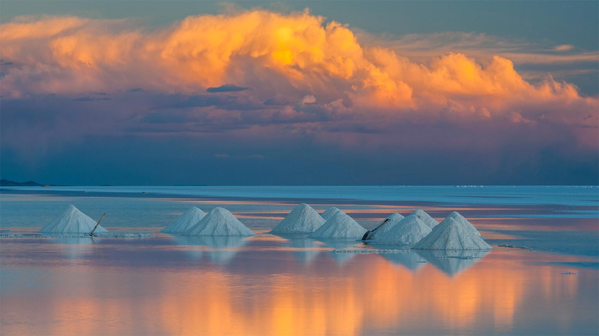 Salar de Uyuni, Bolivia (? John Shaw/Minden Pictures)