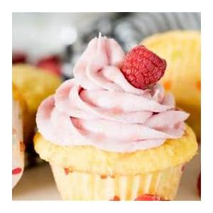 raspberry-buttercream-frosting-butter-with-a-side-of-bread image