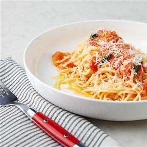 spaghetti-with-pomodoro-sauce-recipe-james-briscione image