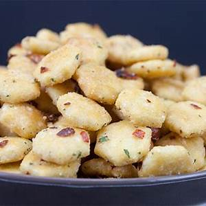 spicy-seasoned-oyster-crackers-dont-sweat-the image