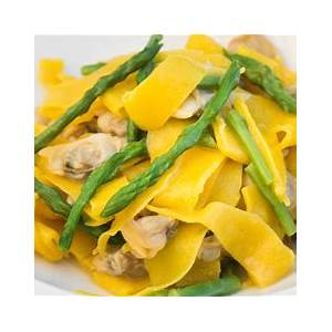 clam-and-asparagus-seafood-pasta-recipe-great-italian-chefs image