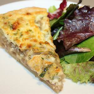 gorgonzola-and-caramelized-onion-tart-cooking-by image