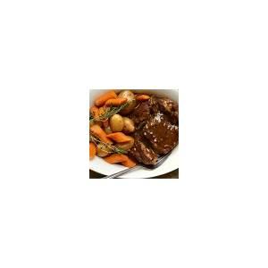 10-best-beef-pot-roast-with-vegetables-in-oven image