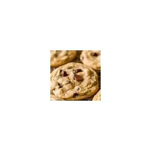 soft-chocolate-chip-cookies-video-natashaskitchencom image