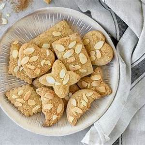 dutch-speculaas-windmill-cookies image