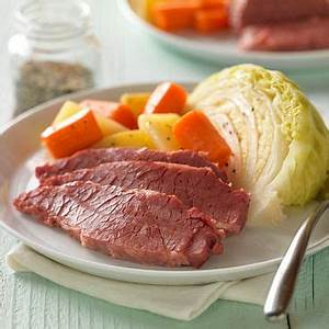 classic-corned-beef-with-cabbage-potatoes image