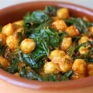 spinach-and-chickpeas-espinacas-con-garbanzos image