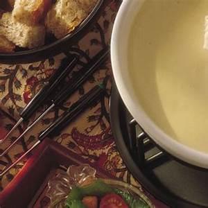 classic-swiss-cheese-fondue-canadian-goodness image