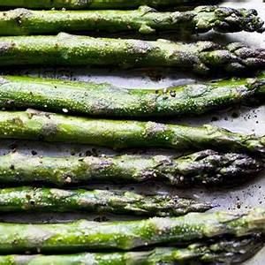 roasted-asparagus-recipe-leites-culinaria image