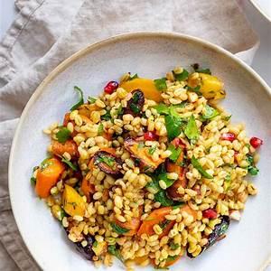 barley-salad-with-roasted-carrots-recipe-elle-republic image
