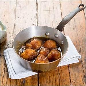 golden-syrup-dumplings-recipe-maggie-beer image