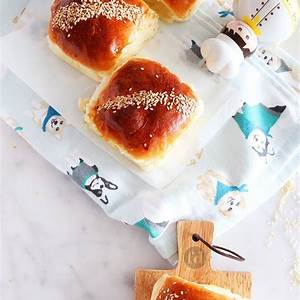 soft-moist-bakery-style-butter-coconut-buns-foodelicacy image
