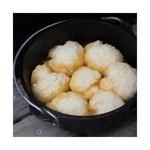 golden-syrup-dumplings-bush-cooking image