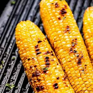 grilled-corn-on-the-cob-recipe-how-to-cook-corn-on-the-cob image