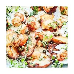 pan-seared-scallops-with-roasted-potatoes-and-lemon image