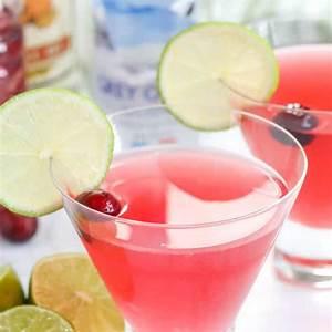 classic-cosmopolitan-drink-recipe-4-ingredients image