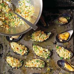 stuffed-broiled-mussels-leites-culinaria-recipe-leite image