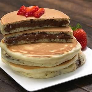 nutella-stuffed-pancakes-tiphero image