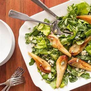 green-salad-with-roasted-pears-and-blue-cheese image