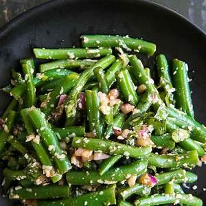 green-bean-salad-with-basil-balsamic-and-parmesan image