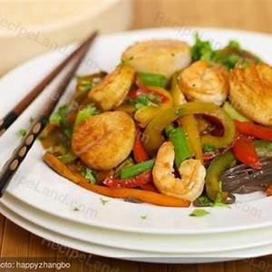 shrimp-and-sea-scallop-stir-fry image