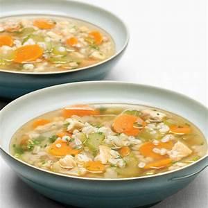 chicken-and-barley-soup-ricardo image
