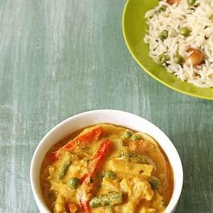 veg-kurma-recipe-mixed-vegetable-korma-recipe-hotel-style image