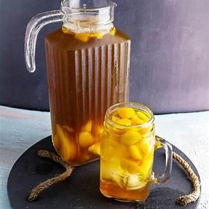 peach-sweet-tea-easy-homemade-iced-tea image