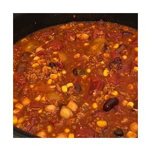 21-easy-and-tasty-chorizo-slow-cooker-recipes-by-home image