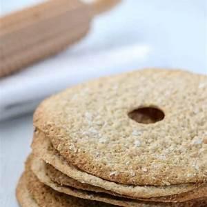 rye-and-oat-crispbread-true-north-kitchen image