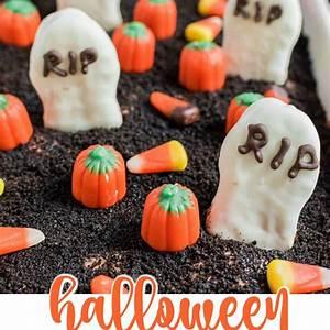 halloween-dirt-cake-recipe-graveyard-shugary-sweets image