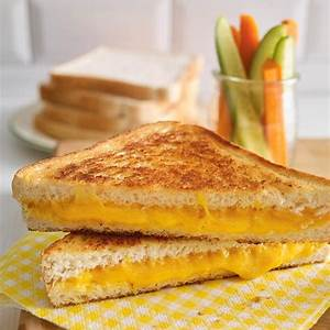 classic-grilled-cheese-sandwich-ricardo image