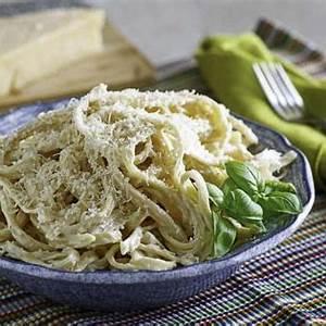 the-best-copycat-olive-garden-alfredo-sauce image
