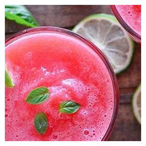 7-detox-juicing-recipes-to-cleanse-you-from-the-inside-out image