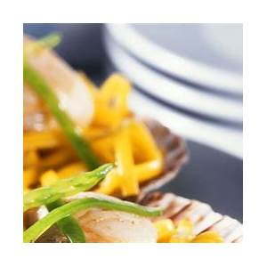 linguine-with-sauteed-scallops-recipe-eat-smarter-usa image