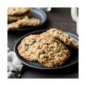 white-chocolate-chip-and-currant-oatmeal-cookies-kitchen image