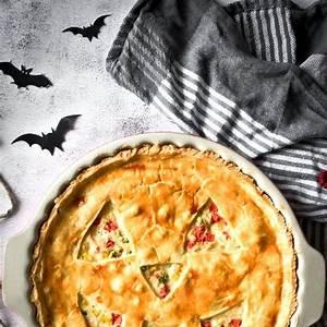 spooky-jack-o-lantern-chicken-pot-pie-cooking image