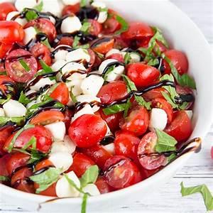 how-to-make-chopped-caprese-salad-centercutcook image