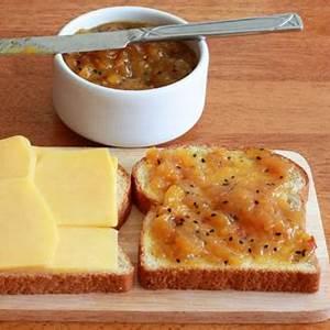 grilled-cheese-and-chutney-sandwich-recipe-the-daring image