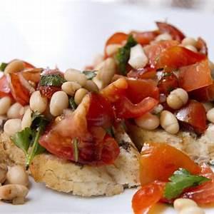 organic-crispy-bruschetta-with-white-cheddar-tomatoes image