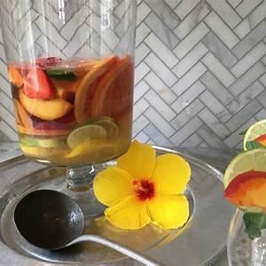 blonde-sangria-cocktail-recipe-food-as-medicine-the image