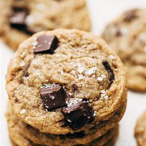 the-best-chewy-chocolate-chip-cookies-recipe-little image
