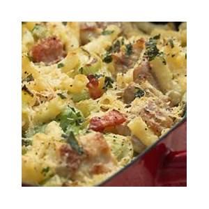 chicken-pasta-bake-chicken-bacon-and-leek-pasta-bake image