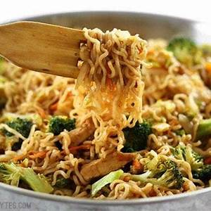 homemade-chicken-yakisoba-step-by-step-photos image