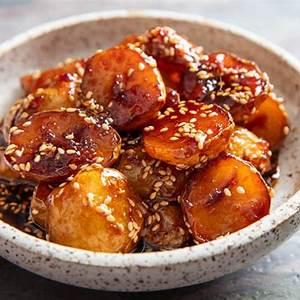 korean-sweet-soy-glazed-potatoes-gamja-genuine image