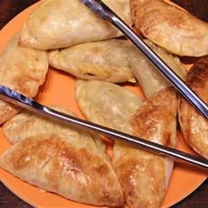 chicken-empanadas-empanadas-de-pollo-simple-easy-to image