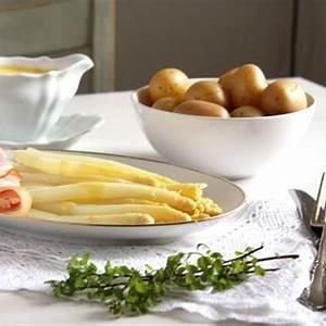 asparagus-hollandaise-white-sauce-for-asparagus image