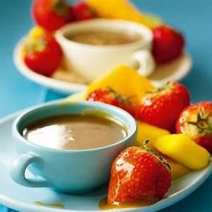 nigellas-brilliant-butterscotch-fruit-fondue-dessert image