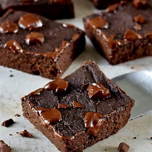 vegan-black-bean-brownies-easy-recipe-elavegan image