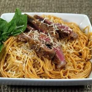 red-pepper-pesto-sirloin-and-pasta-recipe-cdkitchencom image